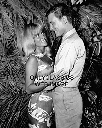 OnlyClassics 1965 Sexy Joy Harmon & Roger Smith Mister Roberts 8X10 Photo Pinup Cheesecake