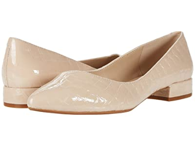 Kenneth Cole New York Camelia (Ginger) Women