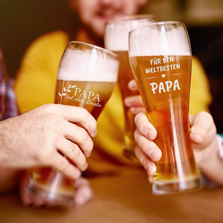 Leonardo Bierglas 0,5l personalisiertes Wei/ßbierglas Motiv Papa ist der Beste individuelles Geschenk Weizenglas mit Gravur Bester Papa