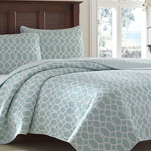 Tommy Bahama Catalina Trellis Harbor Reversible Quilt, King, Blue
