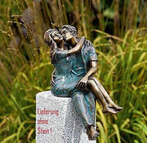 Bronzefigur, Skulpturen, Junges Glück, Paar sitzend 33 cm hoch
