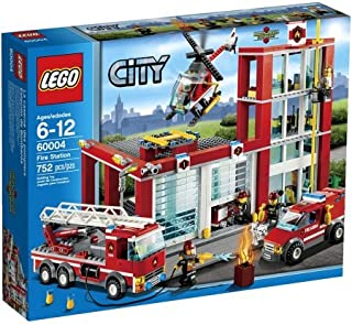 LEGO City Fire Station Set 60004 / Cars & Vehicles , Fire, Police & Military