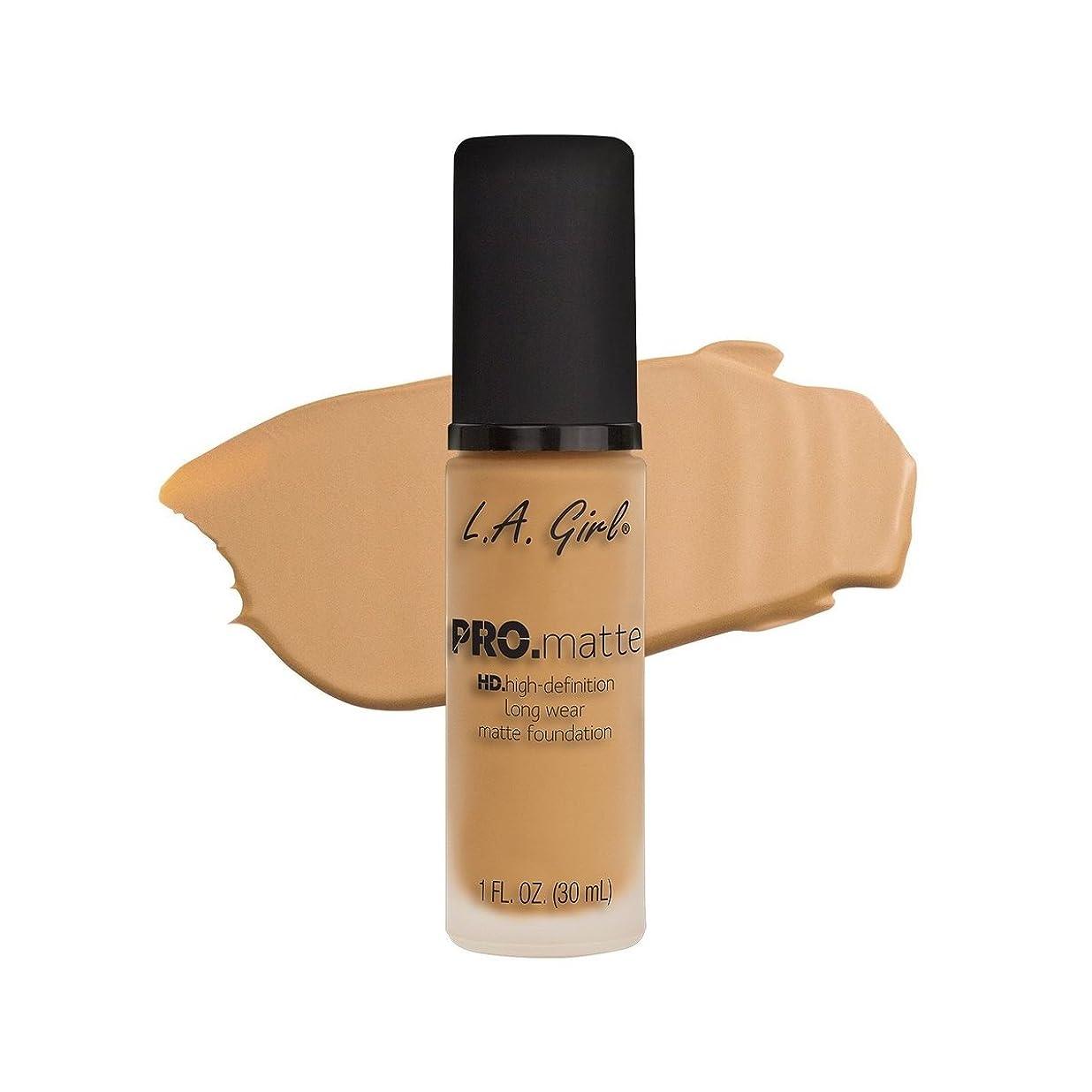 奨励重荷厳しい(6 Pack) L.A. GIRL Pro Matte Foundation - Natural (並行輸入品)