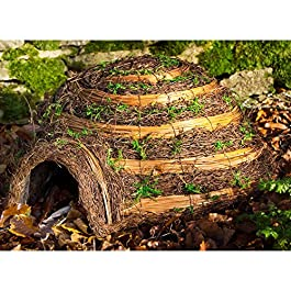 Wildlife World Igloo HH10 Wicker Hedgehog House Home
