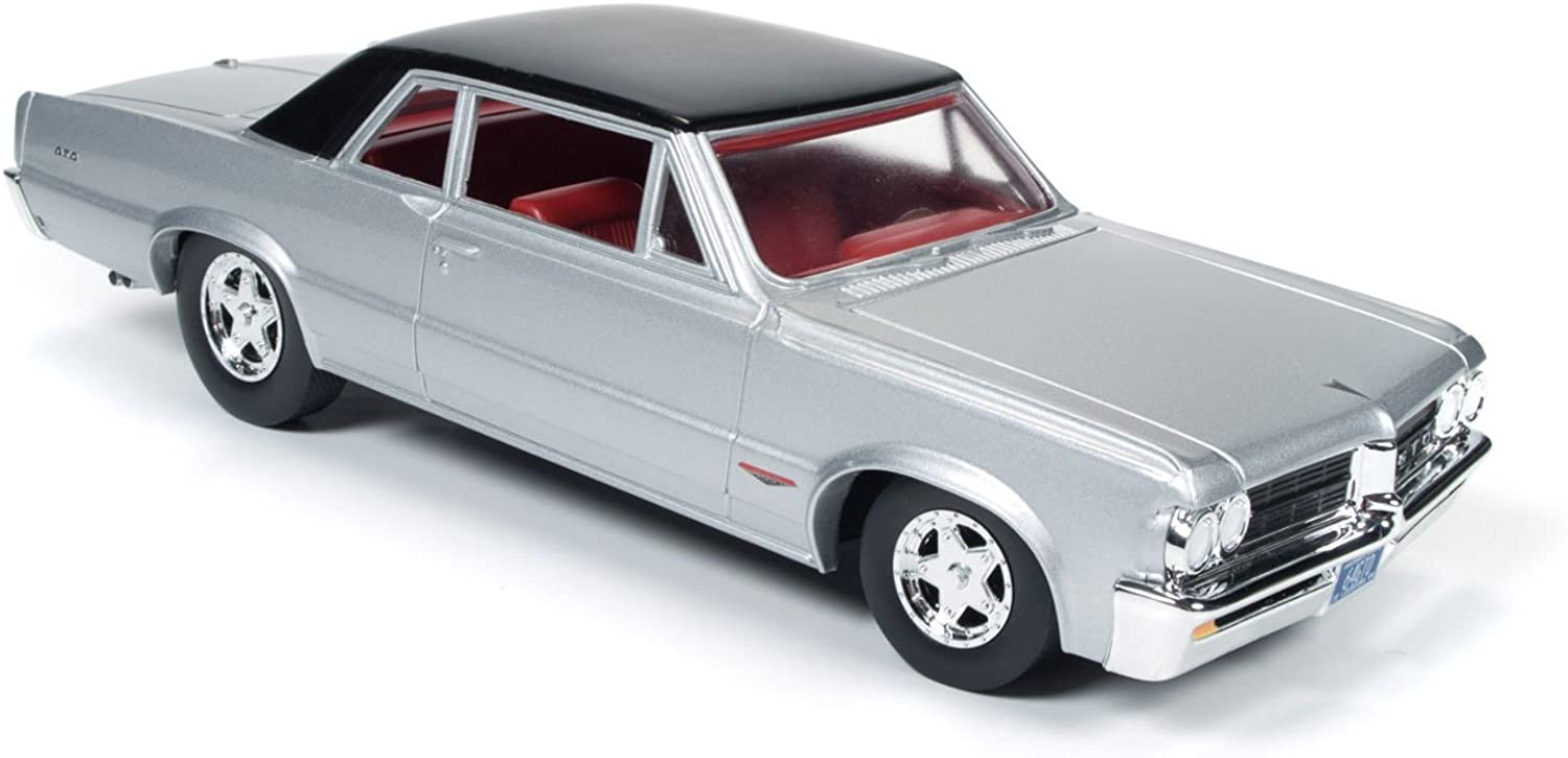 1964 Pontiac GTO, Silvermist Grey  Auto World AW24007  1 24 Scale Diecast Model Toy Car