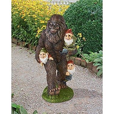 Design Toscano Schlepping the Garden Gnomes Bigfoot Yeti Garden Statue, 16 Inch, Polyresin, Full Color
