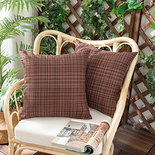 Woaboy Juego de 2 fundas de almohada para exteriores, impermeables, resistentes al agua, para patio, jardín, sofá, sillas, 45,7 x 45,7 cm, color marrón