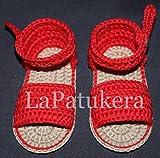 Patucos Sandalias modelo Menorquina para bebé de crochet, color a elegir, 100% algodón, tallas de 0 a 9 meses, hechos a mano en España. Regalo para bebé.