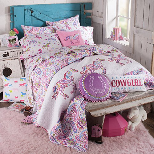 Rod's Pony Paisley Quilt, Full/Queen Western Pastel Paisleys Pony Bedding Quilt, with Pink Running Ponies and Paisleys Pattern.