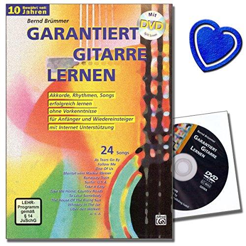 Gitaarschool met dvd van Bernd Brümmer - na korte tijd liedjes met de gitaar kunnen begeleiden - met hartvormige muziekklem
