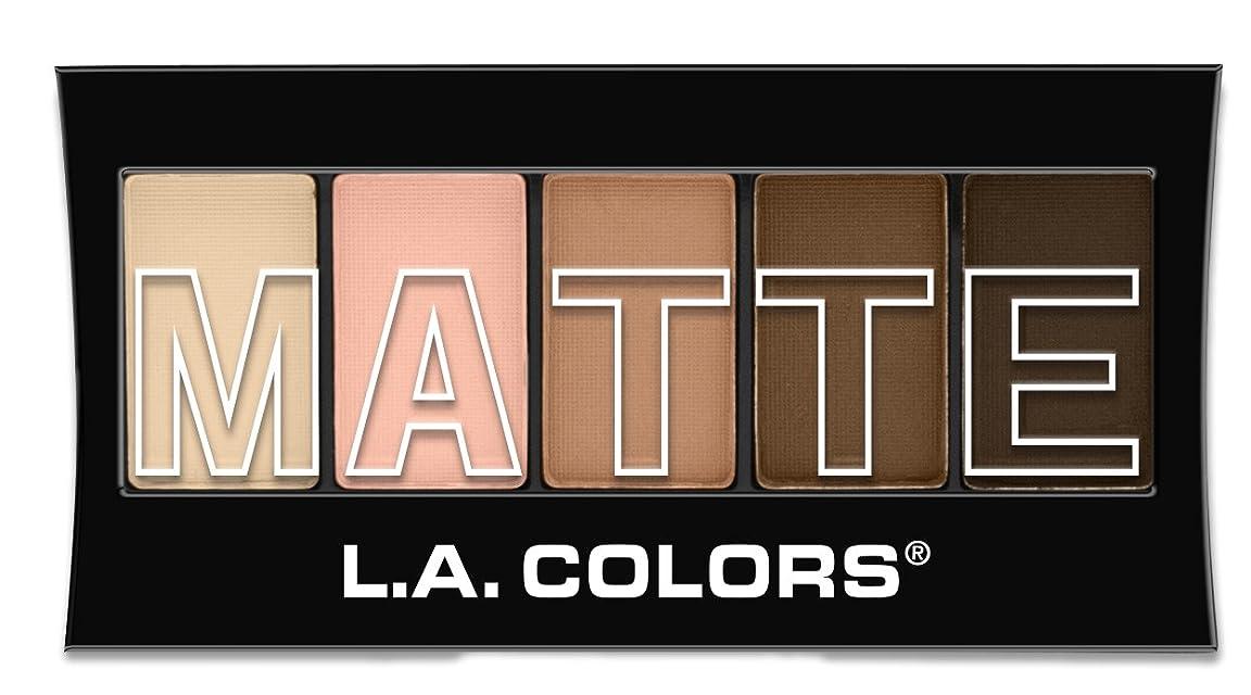 廃止多年生劣るL.A. Colors Matte Eyeshadow - Tan Khaki (並行輸入品)