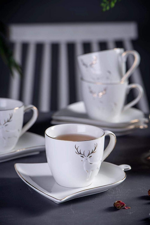 Aekea Vacances 'Joy Ensemble de tasses en porcelaine de 192,8gram avec soucoupes, pour café et thé, motif renne avec fabriqués Doré Line, 2couleurs, Lot de 2 W7.6CMH6.8CM blanc
