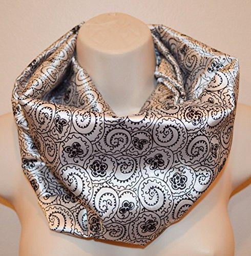 White with black print infinity scarf, women white and black scarf, infinity loop, spring/summer/fall infinity scarf, woman scarf,