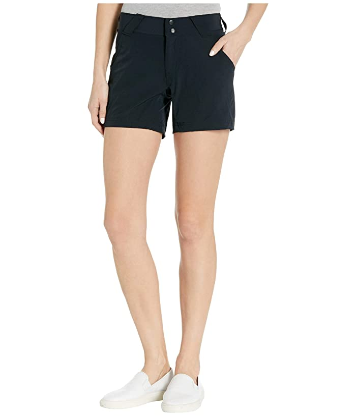 Columbia  Coral Pointtm III Shorts (Black) Womens Shorts