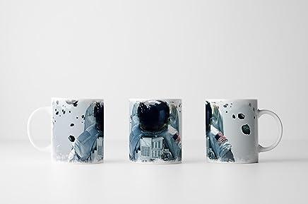 Preisvergleich für EAU ZONE Fotokunst Tasse Geschenk Astronaut im Weltall – Space Fotografie