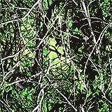 Grüner Baumwollstoff mit Bäumen und Flecktarn sowie dem