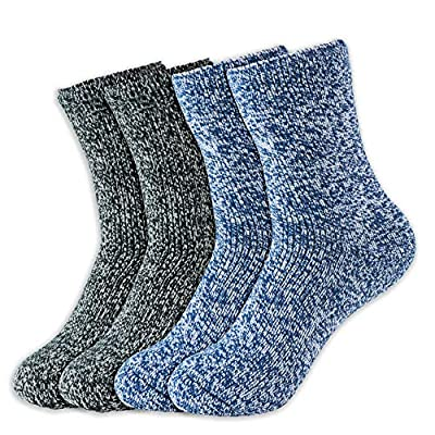 Hot Feet Boy's 2 Pairs Heavy Thermal Socks - Thick Insulated Crew for Cold Weather; Size: 6-13.5 (Age: 5-11) (Navy/White/Black)