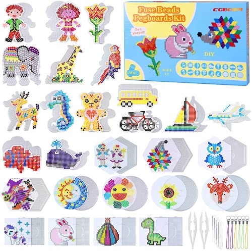 CGBOOM 18 Bügelperlen Platten mit 26 passenden Vorlagen - Transparente 5 mm Steckplatten mit stabilen Papiervorlagen und Zubehör für Kinder ab 5 Jahre
