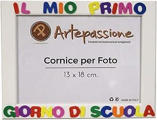 Cornici per foto in legno con la scritta Il Mio Primo Giorno Di Scuola, da appoggiare o appendere, misura 13x18 cm Bianca....