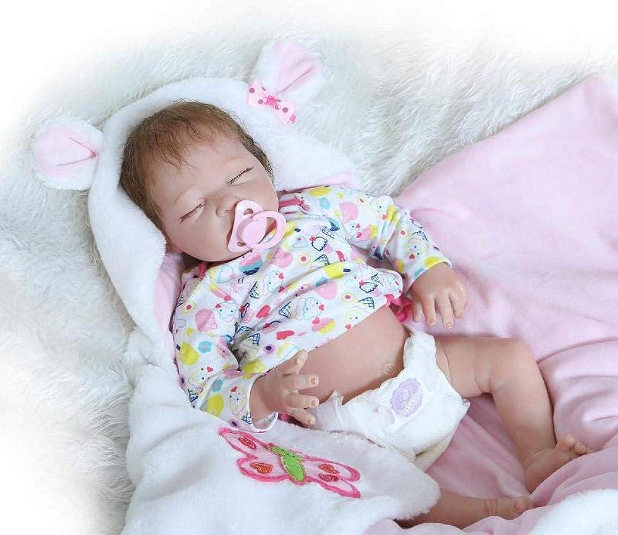 違う滝送信するリアルなベビードールおもちゃスリーピーリボーンベビーガール人形はリアルな55cm 22インチリアルな新生児シリコーンベビードールプレイメイト誕生日ギフトに見える