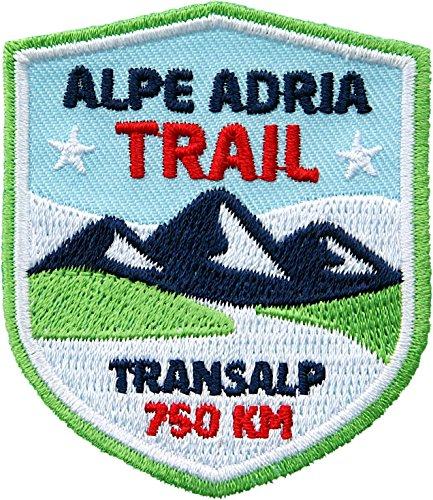 2 x Alpe Adria Trail Abzeichen 51 x 60 mm / Transalp Alpencross Alpenüberquerung Fern-Wanderweg / Aufnäher Aufbügler Sticker Flicken Bügelbild Patch auf Kleidung Rucksack / Tourenkarte Reiseführer