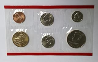 2005 P & D Mint Set in Original U.S. Government Packaging 22-Coins