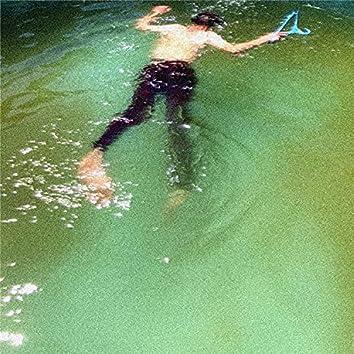 Я утопил себя в грязной воде