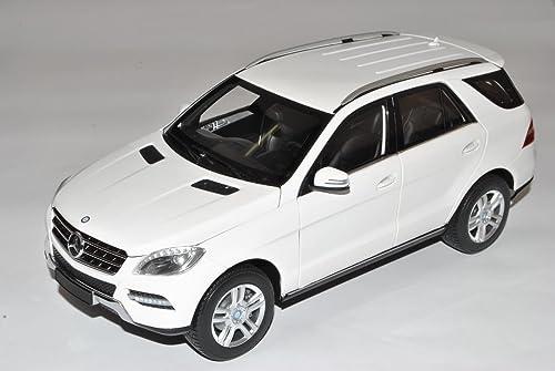 Minichamps Mercedes-Benz M-Klasse Weißs SUV W166 Ab 2011 1 18 Modell Auto