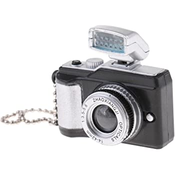 Dolls House 35mm Camera /& Film Miniature 1:12 Scale Holiday Accessory