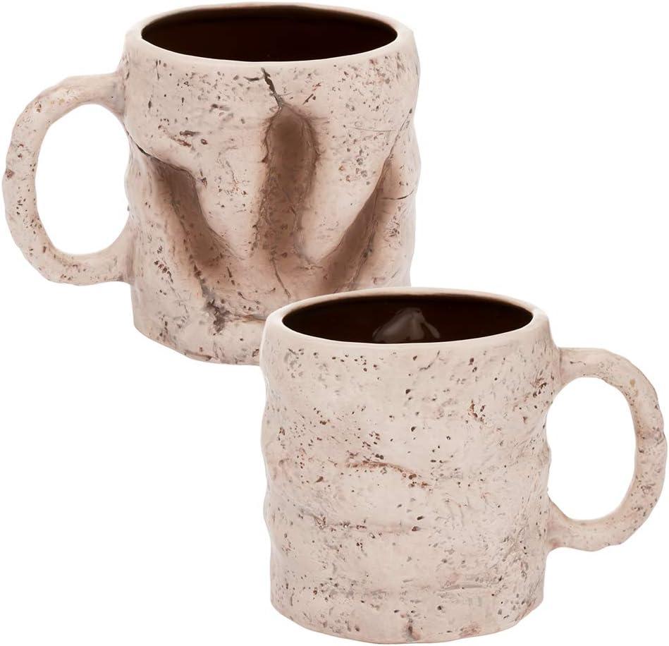 Tasse aus Keramik mit Fußabdruck