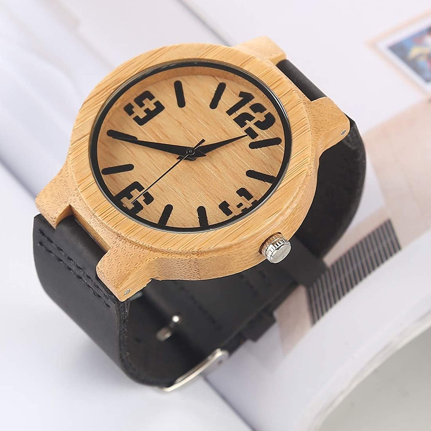Red red Shop XH Fashion Personality Big Round Dial Bamboo Shell Watch with Leather Strap Fashion Watch