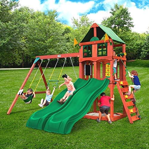 Plastic slide and swing set _image0