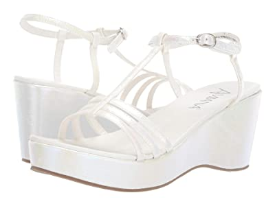 Amiana 15-A5136 (Little Kid/Big Kid/Adult) (White Opalescent) Girls Shoes