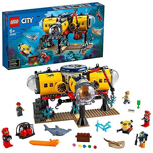 LEGO City Oceans Base per Esplorazioni Oceaniche con Sottomarino, Drone, uno Squalo e una Manta, Avventure Acquatiche per Bambini, 60265