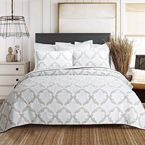 Cozy Line Home Fashions 100% COTTON Baroque Embroidered Medallion White Light Blue Brown Bedding Quilt Set, Coverlet, Bedspread For Bedroom/Guestroom (Elizabeth - Embossing A, Queen - 3 piece)