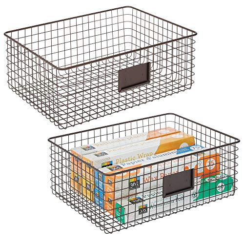 mDesign 2er-Set Allzweckkorb aus Metall – Aufbewahrungskorb mit Beschriftungsfeld für Küche, Vorratskammer etc. – kompakter und universeller Drahtkorb – bronzefarben