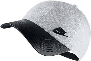 24a016994bbf3 Amazon.com  NIKE - Hats   Caps   Accessories  Clothing