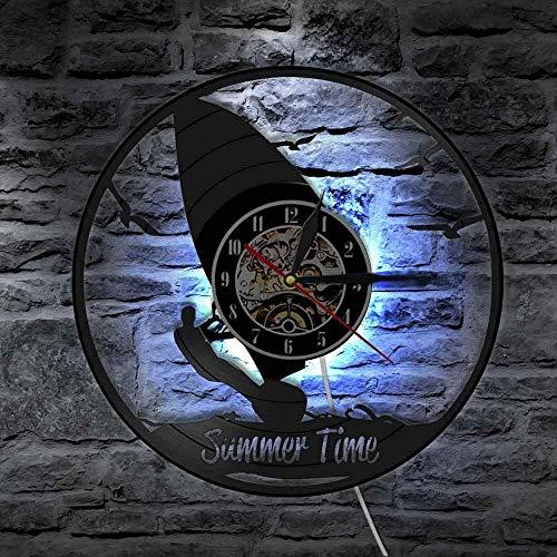 Reloj de pared de vinilo con luz LED de 7 colores para hacer windsurf, decoración de pared, sala de deportes, windsurfistas, deportes acuáticos extremos, regalo para amantes de los deportes
