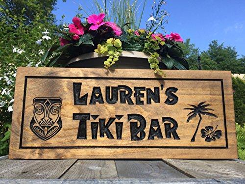 Norma Lily Personalisierte Schild aus Holz Bedruckt Bar Tiki Bar mit Palme und Tiki Man Cave Signs Geschenke für die Jungs Custom Holz Groomsman Geschenke Benchmark Schilder