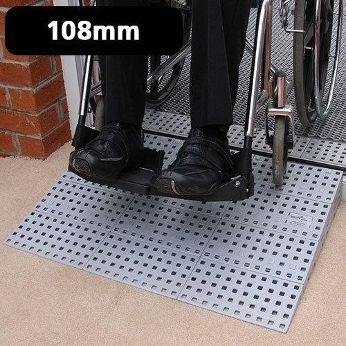Modular Ramp Kit 3, 108mm Höhe, Aids Rollstühle, Gehhilfen, Gehwagen, leicht zu montieren, Barrieren beseitigt, verbessert die Sicherheit und Traktion, Mobilität im Alltag Hilfe, Falzziegel
