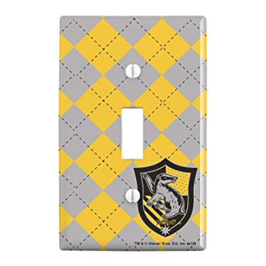 GRAPHICS & MORE Harry Potter Hufflepuff Plaid Sigil Plastic Wall Decor Toggle Light Switch Plate Cover
