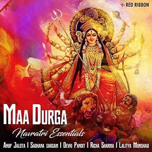 Lalitya Munshaw, Soni Nigam, Richa Sharma, Raghvendra, Anup Jalota, Sadhna Sargam & Devaki Pandit