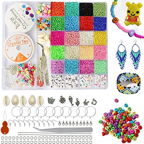Mini Glasperlen und Buchstabenperle Set, Perlen zum Auffädeln, 28 Gitter 3 mm Glasperlen mit Muscheln Anhänger für Erwachsene Kinder Armband Halskette Schmuck Basteln Bastelset