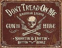 スカルと2丁拳銃★レトロ調・Don't Trend On Me★アメリカンブリキ看板