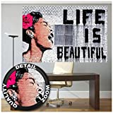 GREAT ART XXL Poster – Banksy Graffiti Künstler – Wandbild Life is Beautiful Pop Art Street Style Street Art Stencil Straßenkünstler Fotoposter Wanddeko Bild Wandgestaltung (140 x 100 cm)