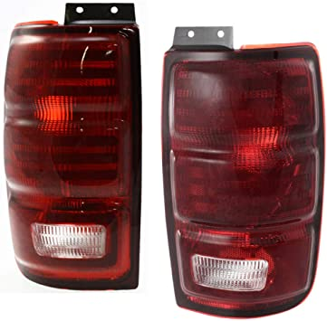 FITS 2003-2006 Ford Expedition OE STYLE Red Tail Lights Rear Brake Lamps Pair
