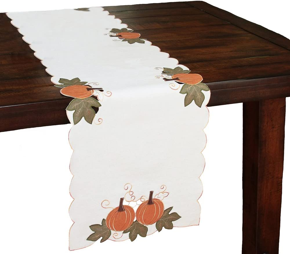 Xia Special sale item Home Fashions Pumpkin Popular brand in the world Patch Linens Cutwork Colle Embroidered