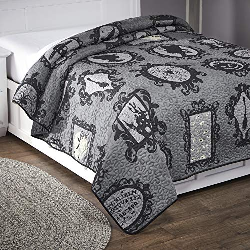 The Lakeside Collection Simply Wicked Full or Queen Size Bed Quilt with Vermicelli Stitching