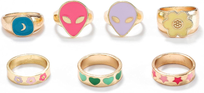 Woeoe Vintage Alien Enamel Stacking Rings Gold Daisy Flower Finger Rings Star Enamel Ring Set for Women and Girls(7Pcs)