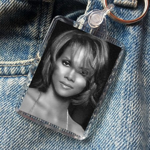 SEASONS Halle Berry - Original Art Keyring #js004
